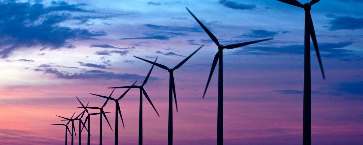 Le pale eoliche rappresentano un simbolo per le energie rinnovabili